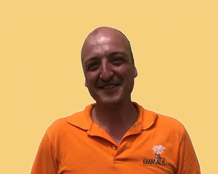 Salvatore Barbuto_Manutentore_Giardiniere
