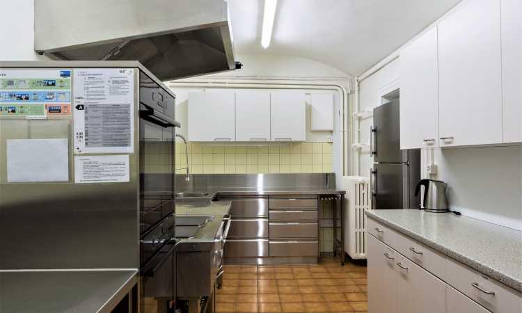 Ostello Eden - Cucina - Parkhotel Emmaus - Losone